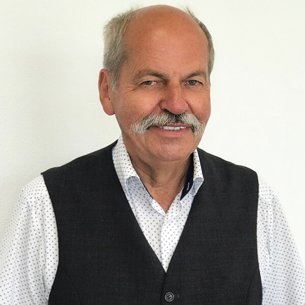 Helmut Karthaus